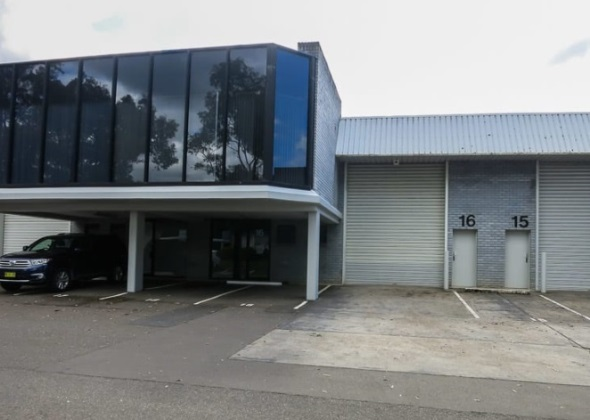 Located Close To The M7 And Old Windsor Road. Good Truck Access.