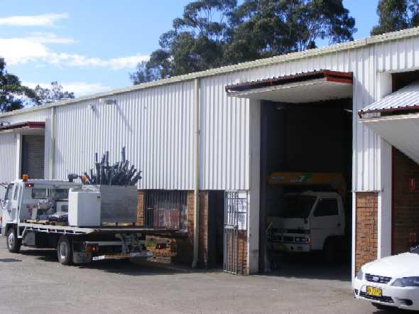 Older Style Factory / Warehouse Unit In The Popular Girraween Industrial Precinct.