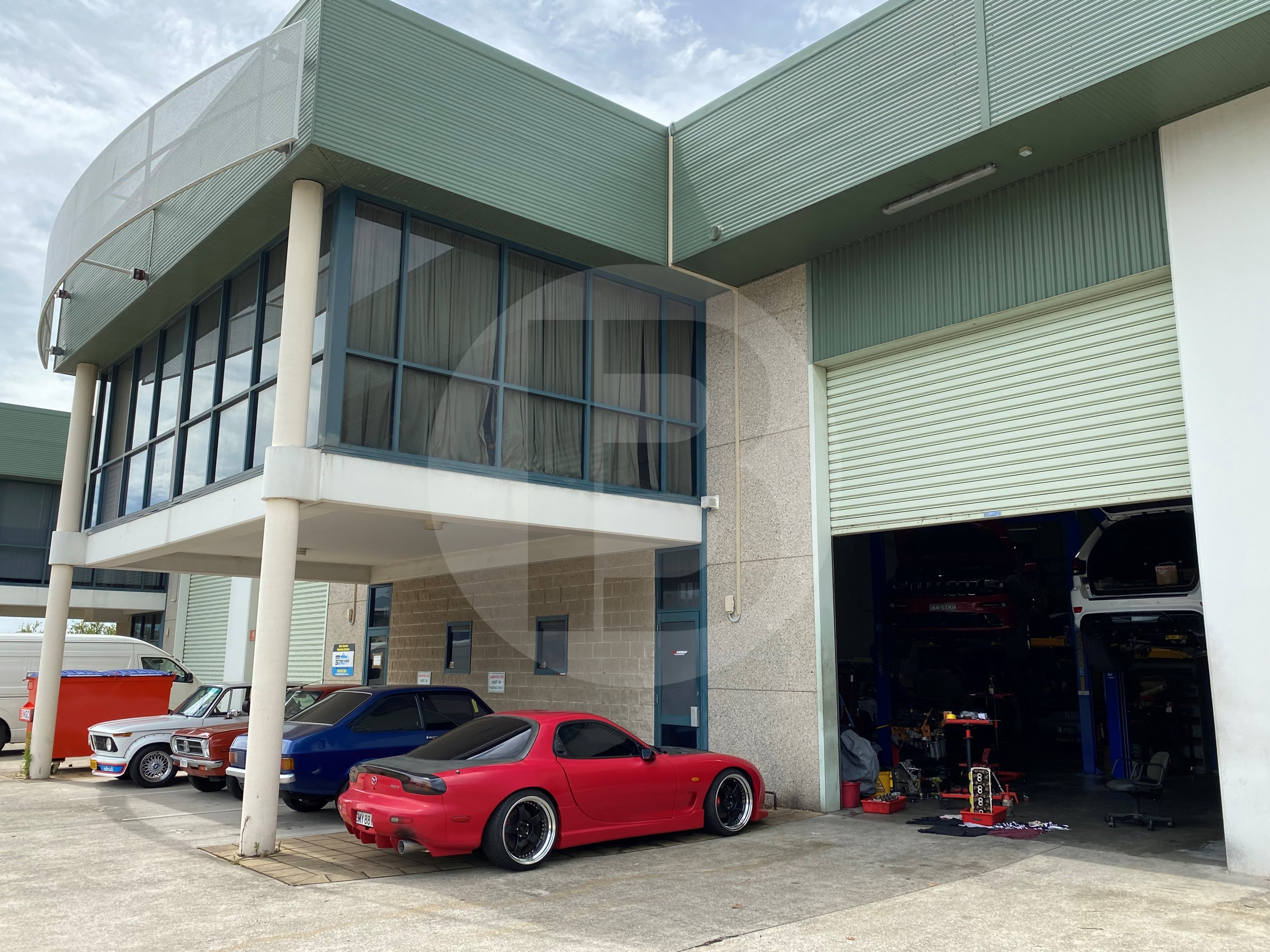 INDUSTRIAL WAREHOUSE FOR LEASE | GIRRAWEEN