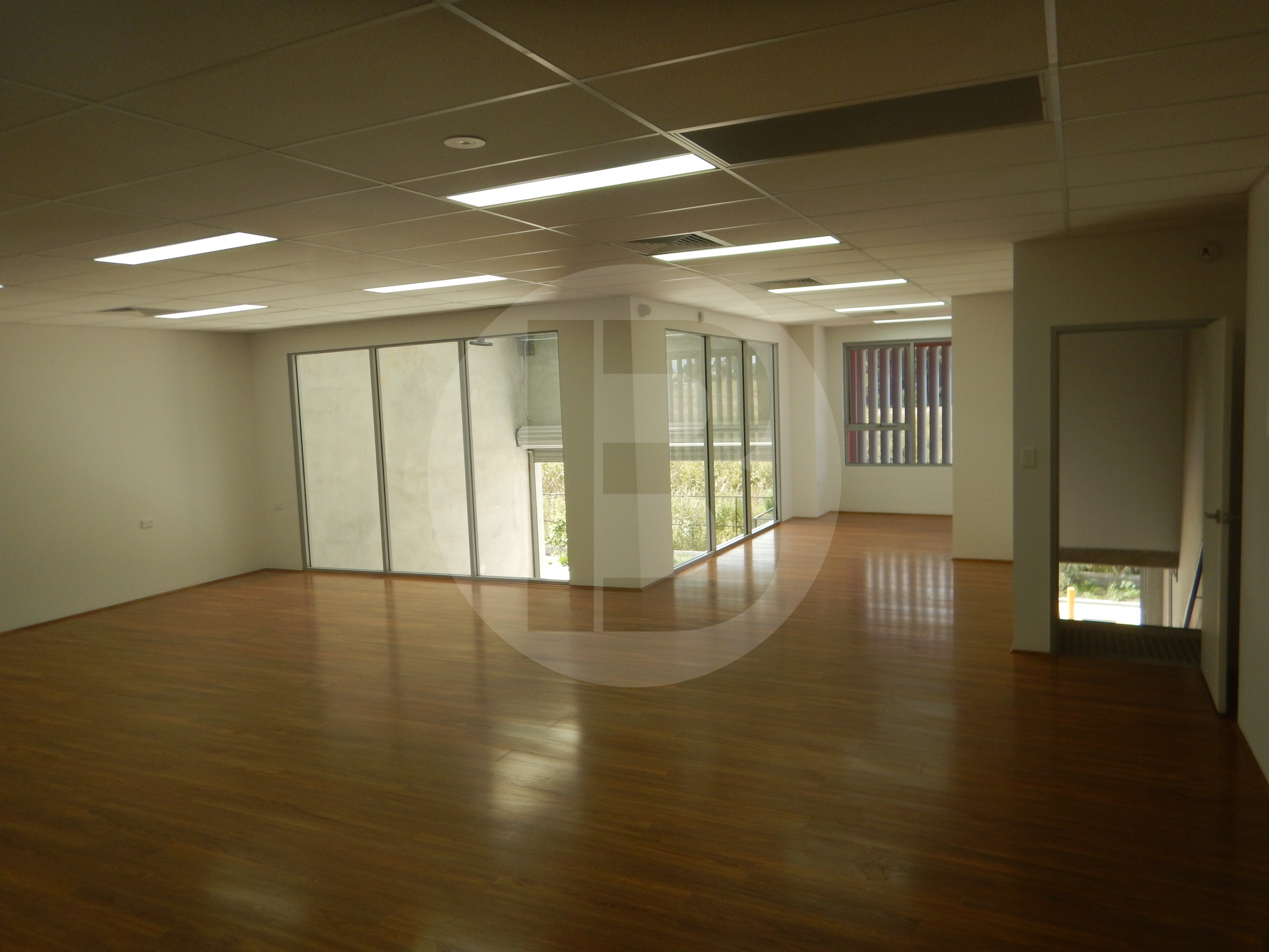 Brand New unit With Impressive Office Fitout Of Nearly 50%.