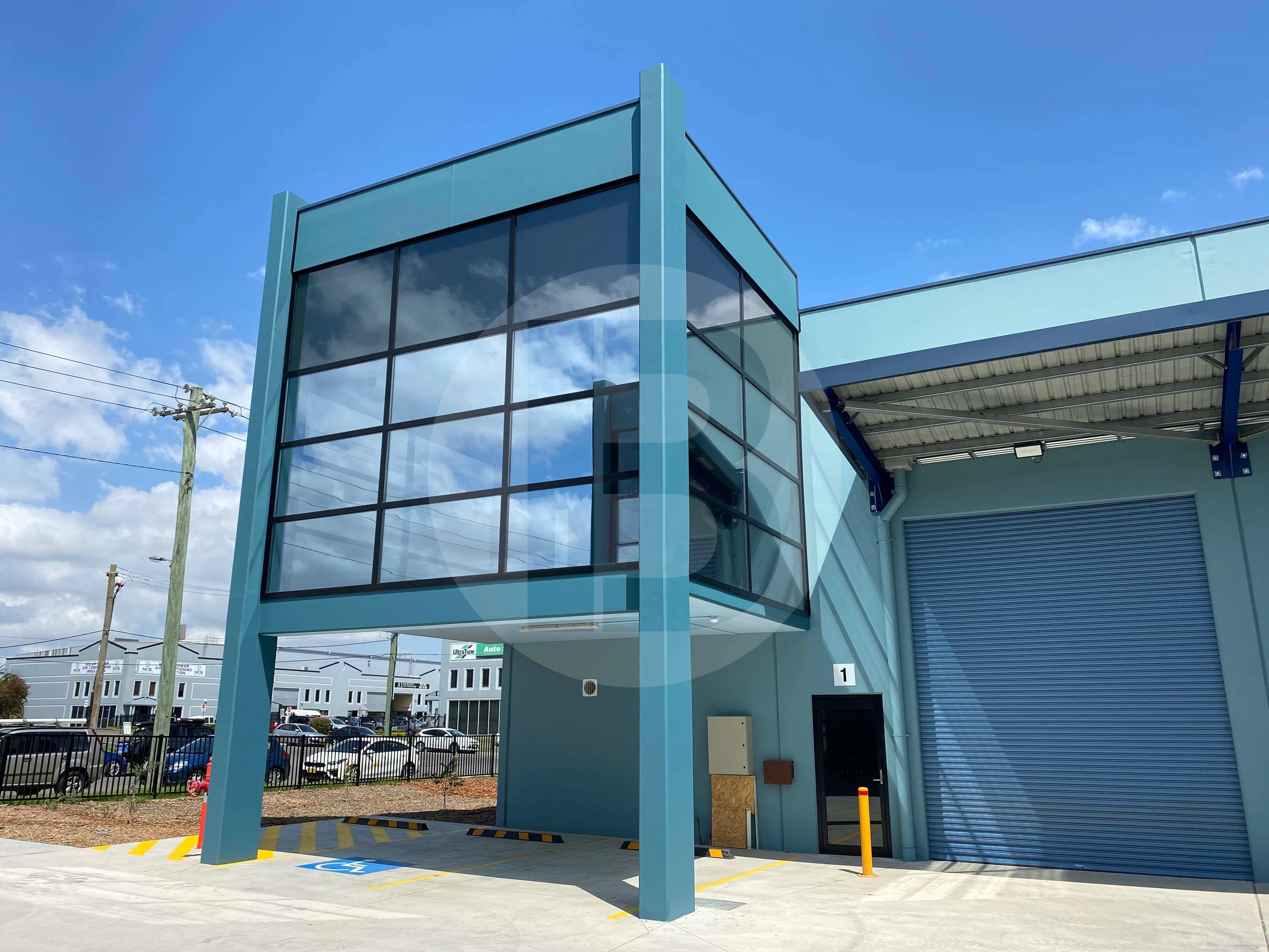 BRAND NEW INDUSTRIAL UNIT WITH EXPOSURE