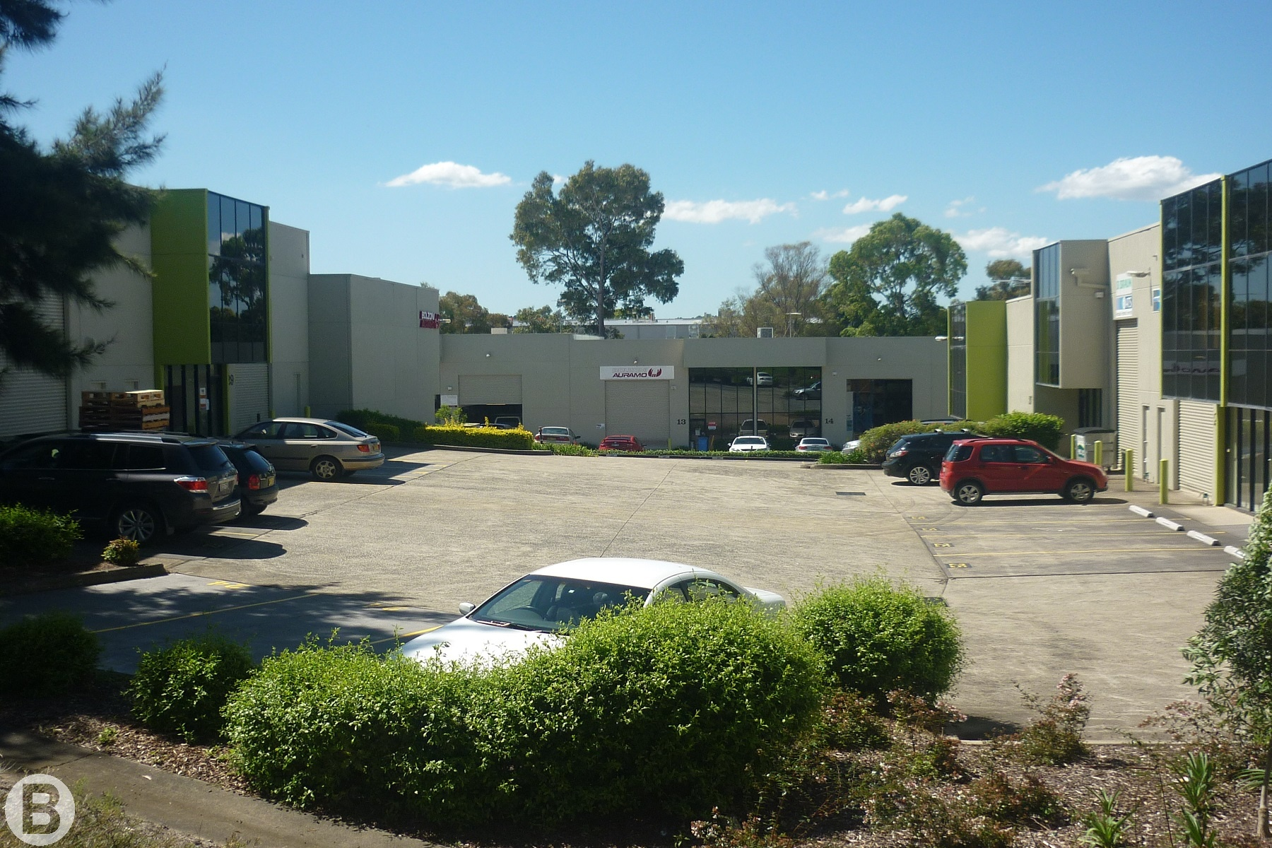 STRATA COMPLEX, WAREHOUSE WITH LARGE OFFICE